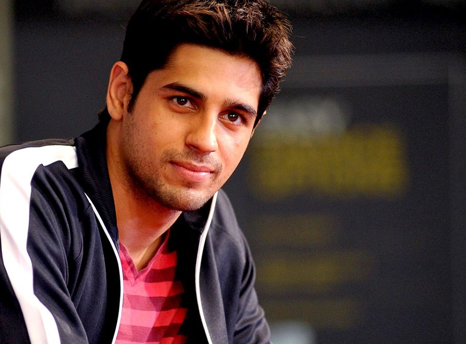 Sidharth-Malhotra-Latest-Very-Cool-Hot-Images