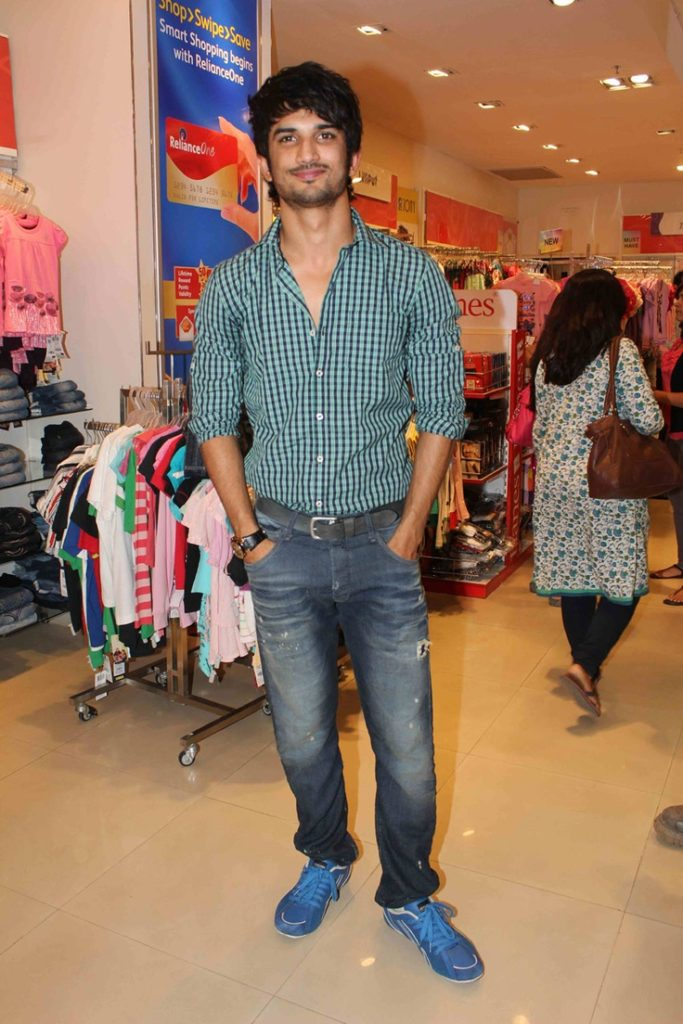 Sushant-Singh-Rajput-Body-Photos-Pictures-Images