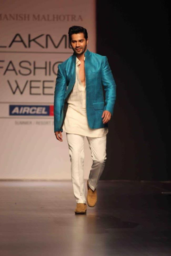 Varun Dhawan Cute & Sexy Look Photos Download