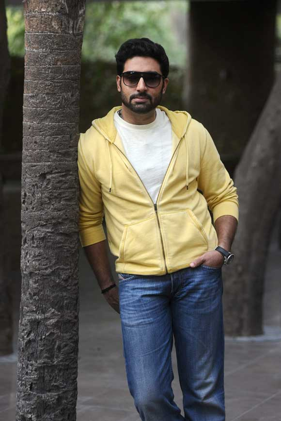 Abhishek Bachchan Hot Look Unseen Pictures Download