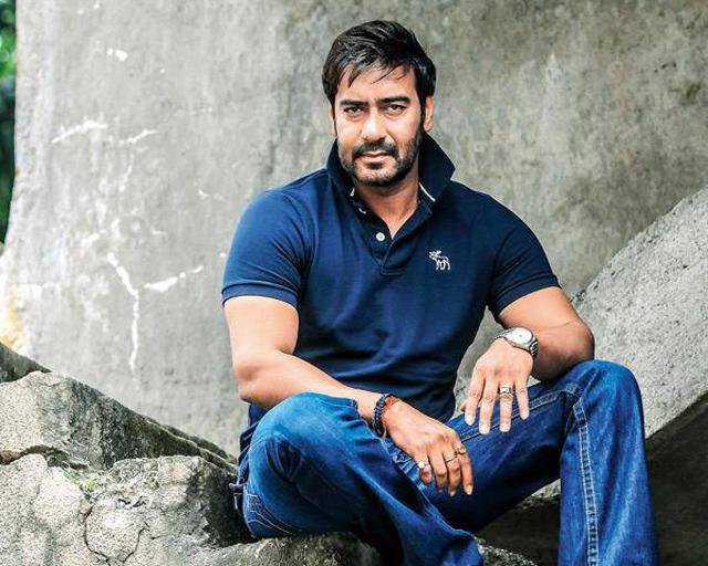 Ajay Devgan Hot Images Wallpapers Pictures Pics Photos Download