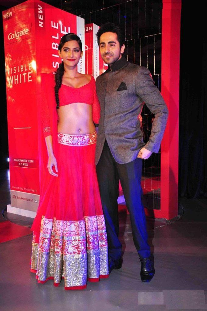Ayushmann Khurrana With Sonam Kapoor Photos Downlaod
