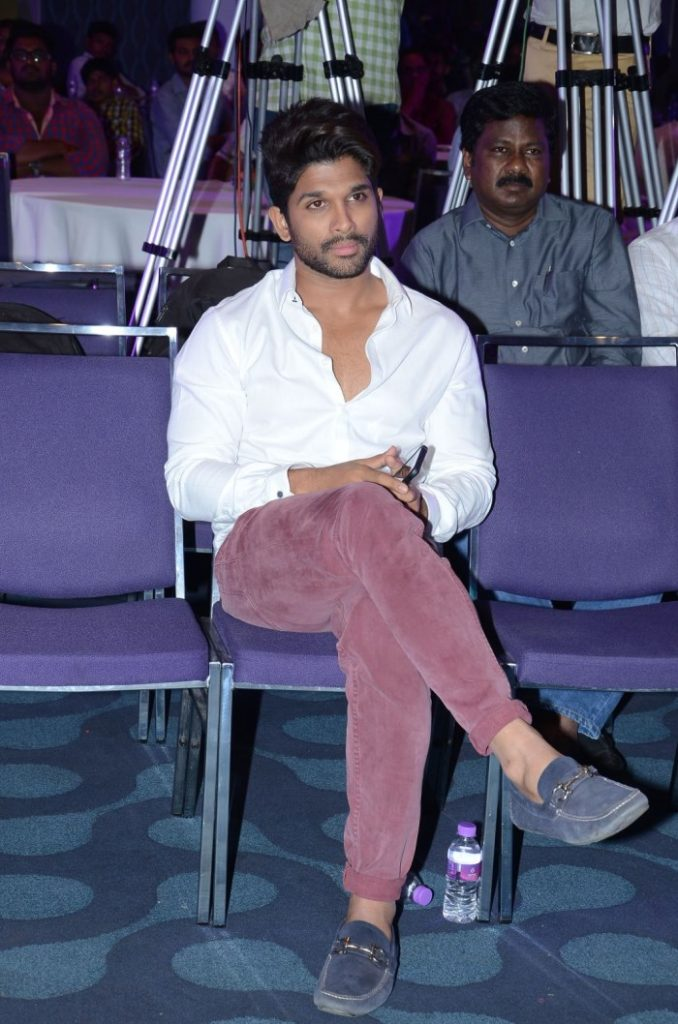 Beautiful Actor Allu Arjun Sexy Wallpapers