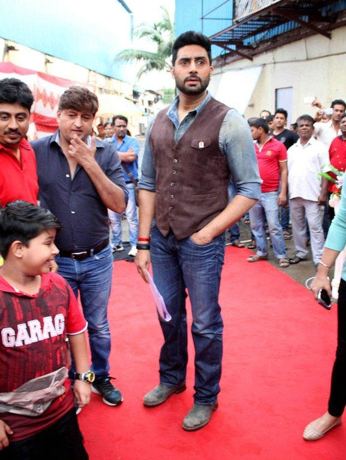 Bollywood Movie Actor Abhishek Bachchan Beautiful Pics