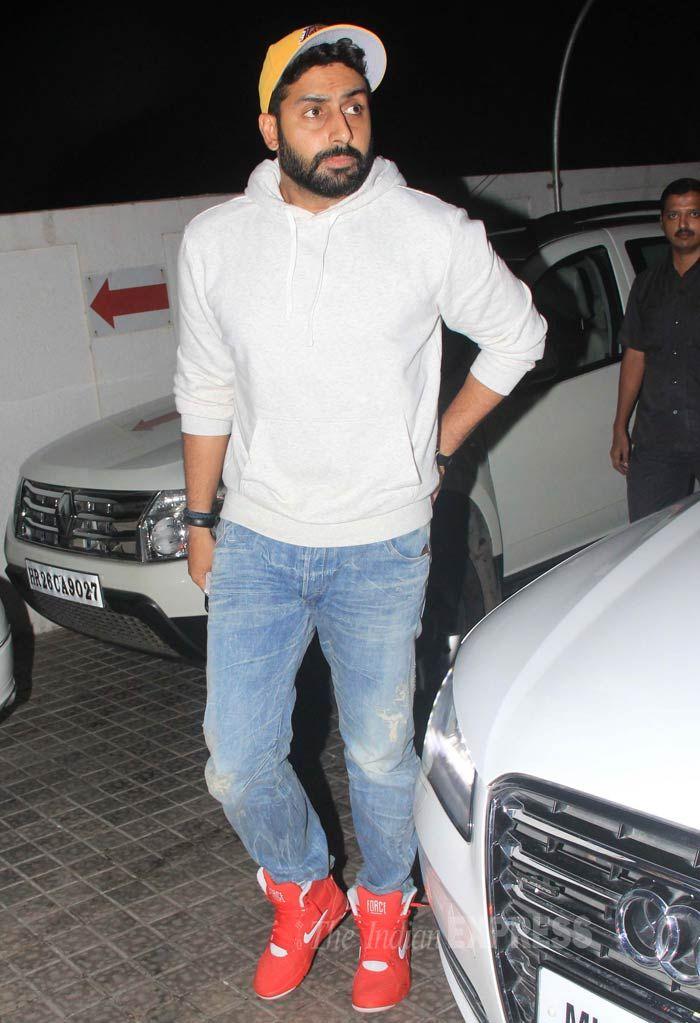 Handsame Hunk Abhishek Bachchan Latest Cute Pics Download