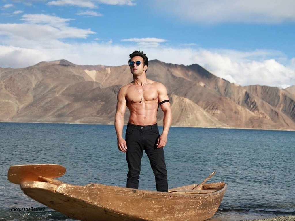 Pulkit Samrat Latest Hair Style Wallpapers Pictures Download