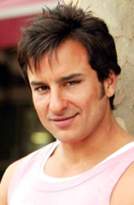 Saif Ali Khan Cute Smile Images Wallpapers Pics HD
