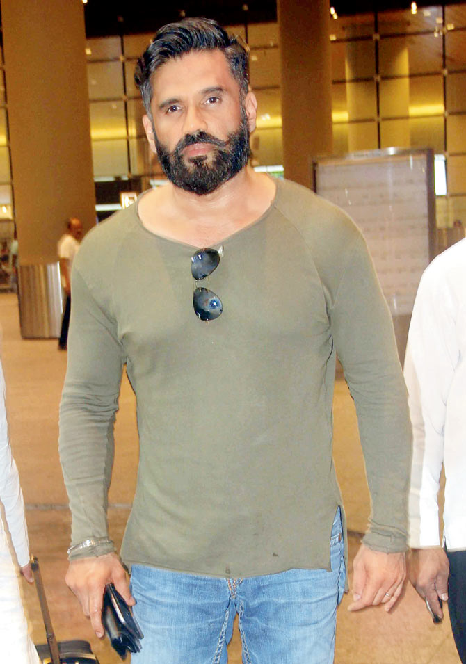 Suniel Shetty Height Weight Age Biography & More