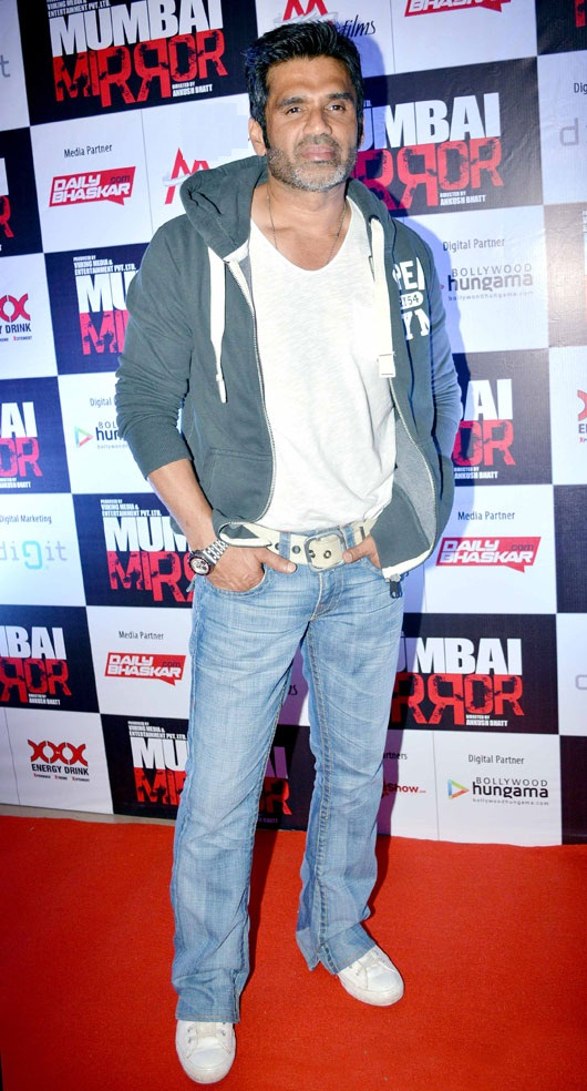 Suniel Shetty Hot Look Unseen Pictures Photos Download