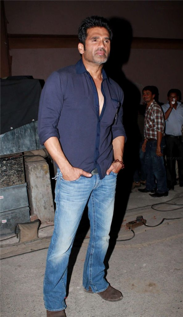 Suniel Shetty Latest HD Hair Style Pics Photos Images