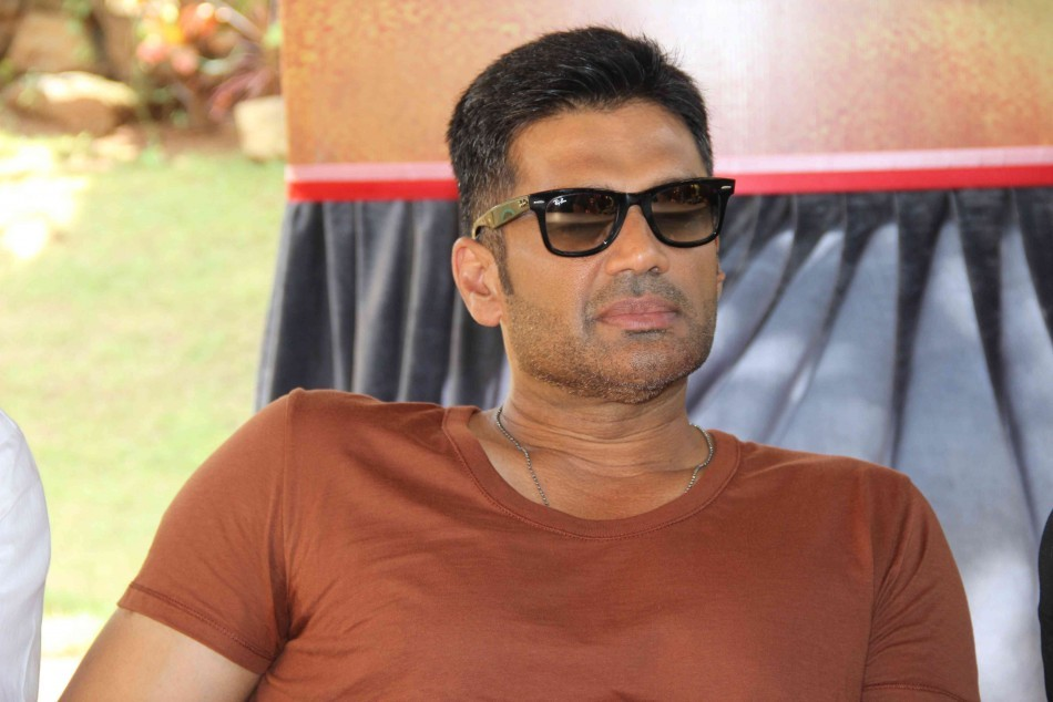 Suniel Shetty New Latest HD Wallpapers Photos Pics