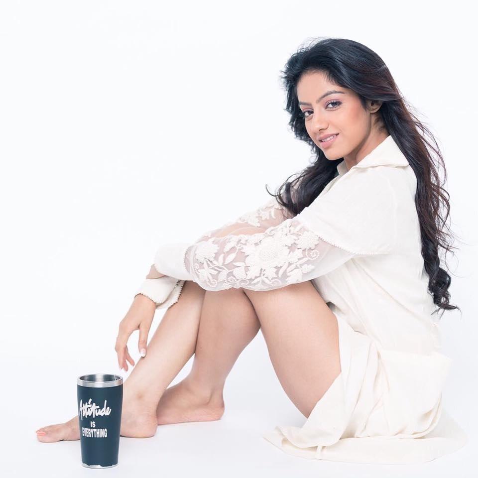 Deepika Singh Hot In Bra Panty Images