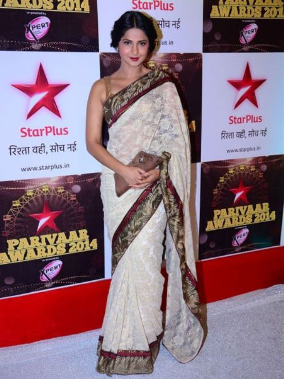 Jennifer Winget Hot In Saree
