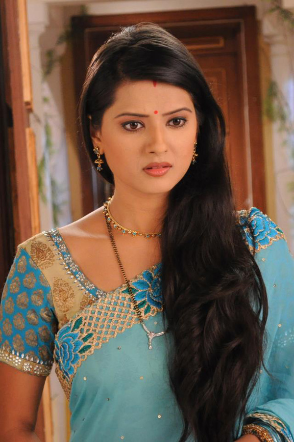 Kratika Sengar Hot Looking Pictures