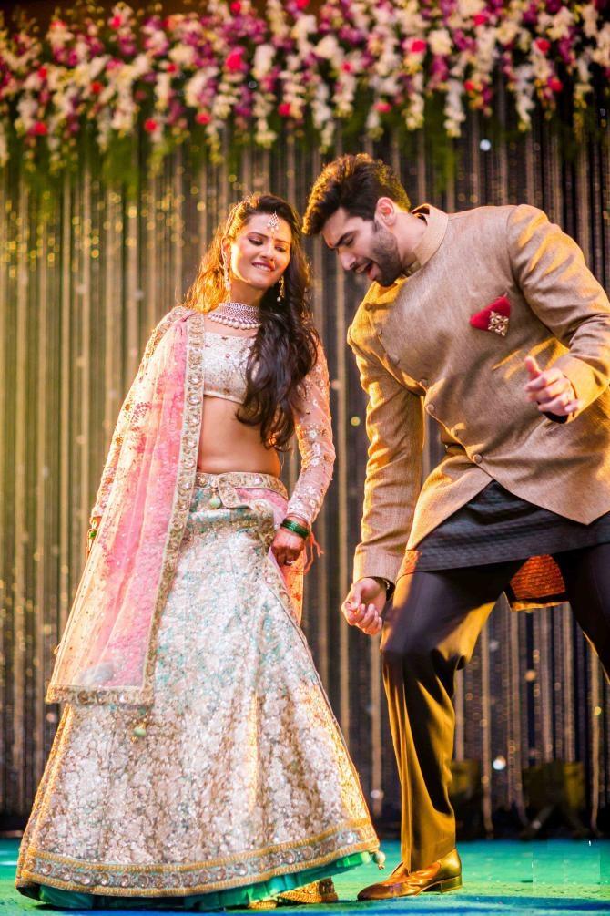 Kratika Sengar Hot Photos