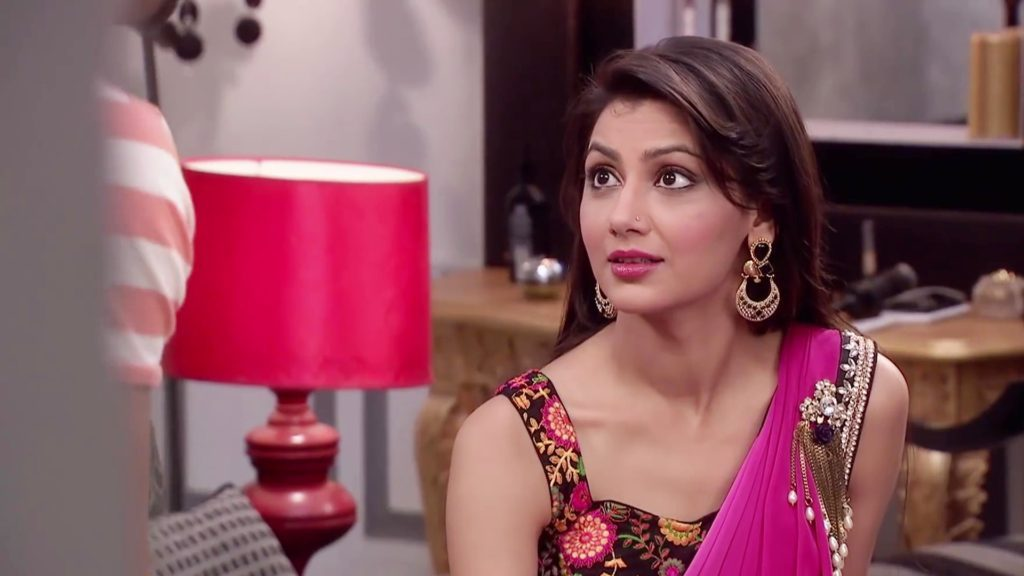 Kumkum Bhagya Pragya As Actress Sriti Jha Wallpapers