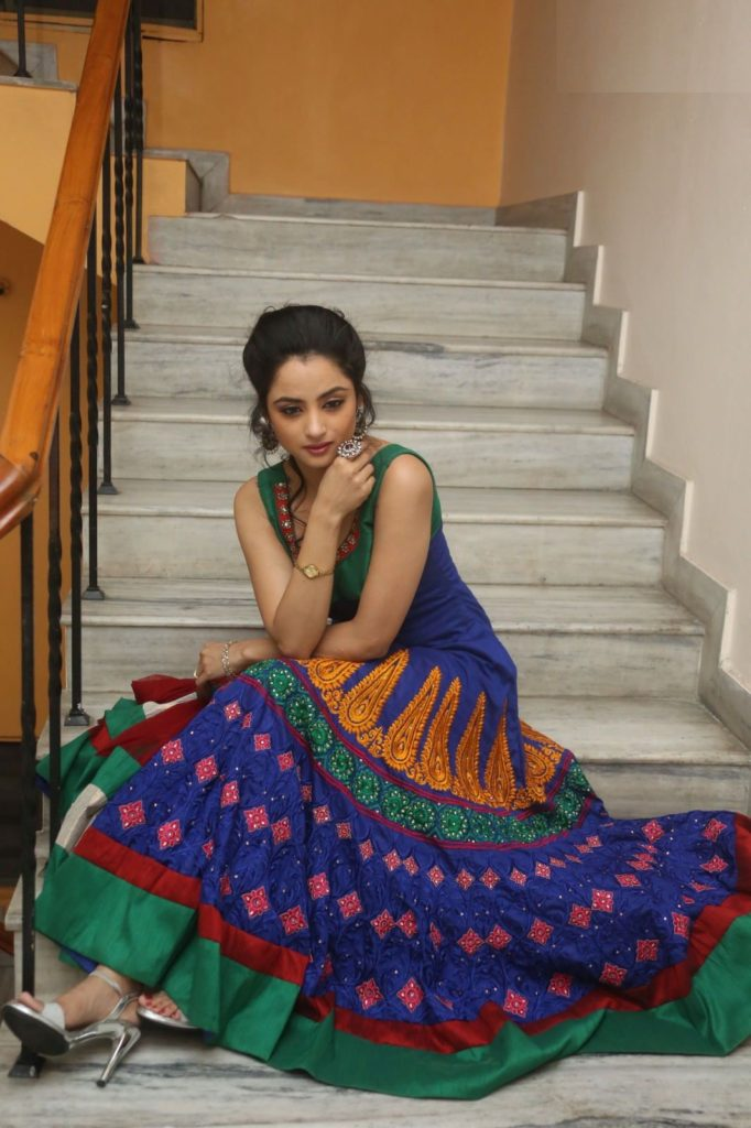 Madirakshi Mundle Latest Full HD Pictures Download