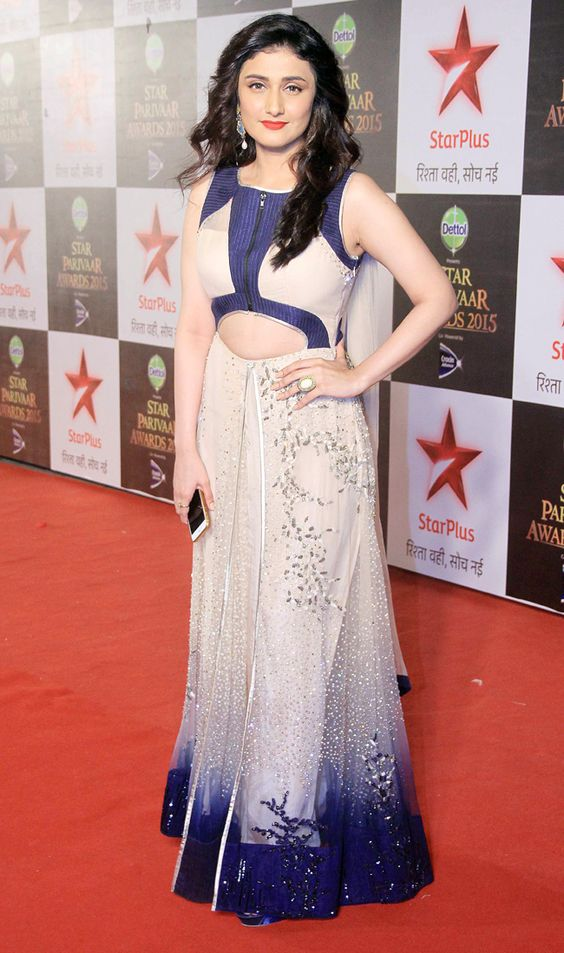 Ragini Khanna Beautiful Unseen Pics