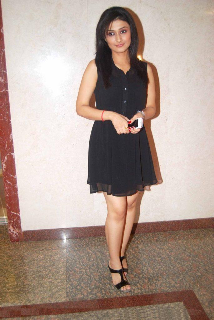 Ragini Khanna Hot HD Wallpapers