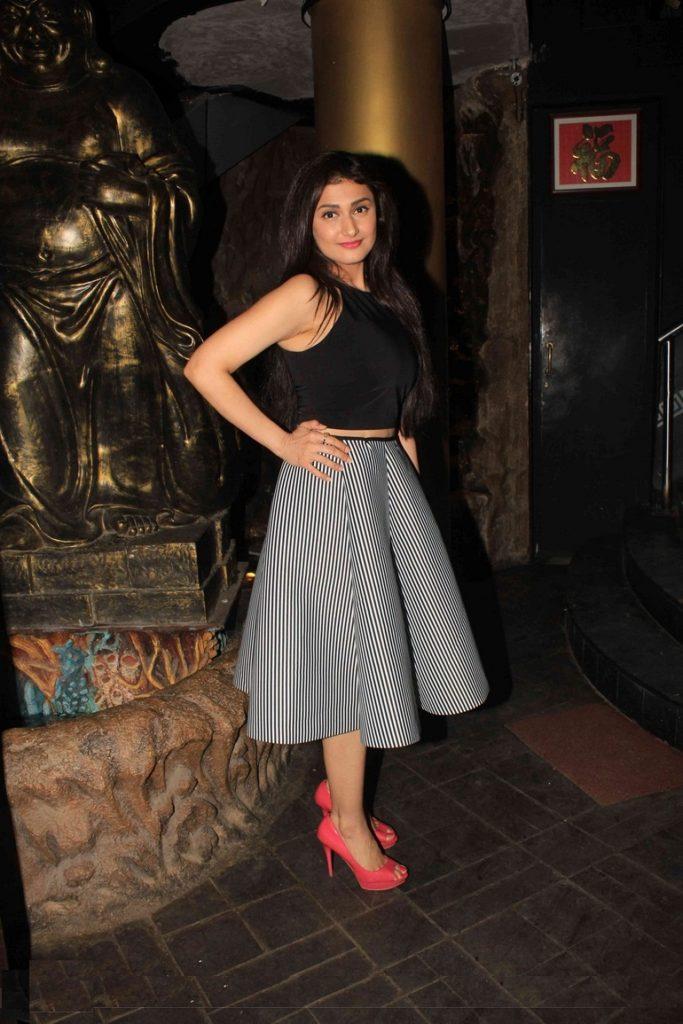 Ragini Khanna New Latest Full HD Images