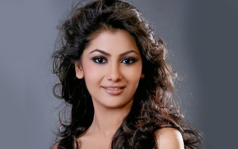 Sriti Jha Hot And Sexy Photos