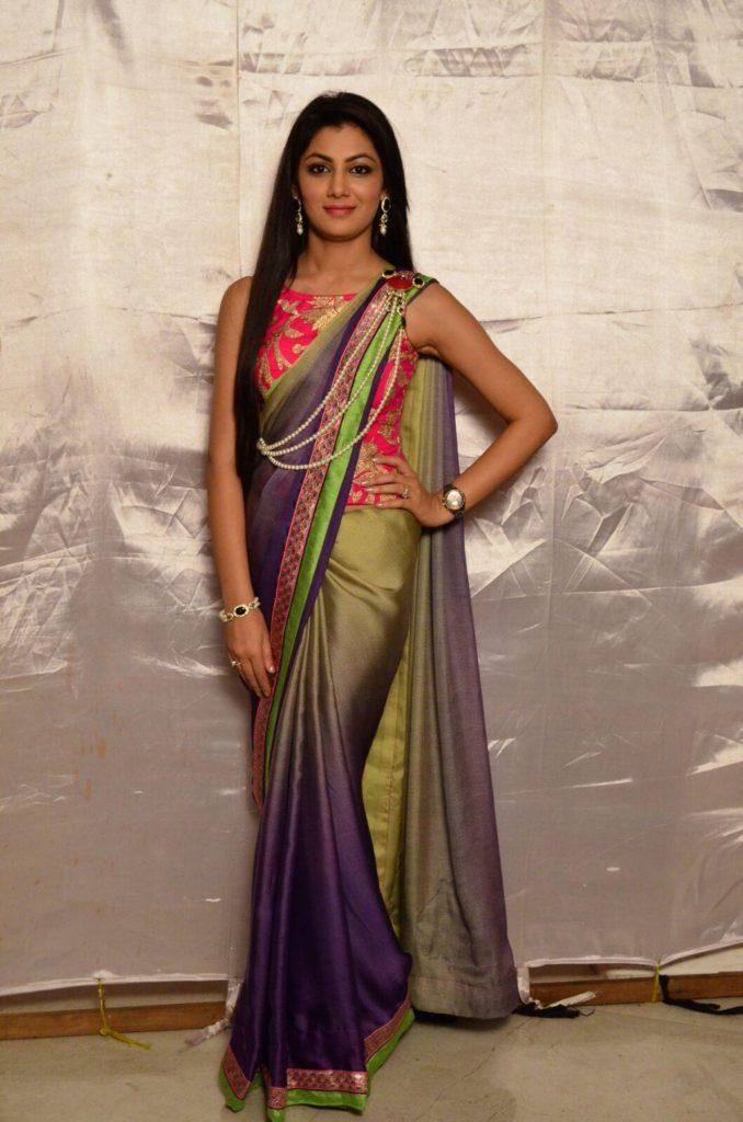 Sriti Jha In Bikini