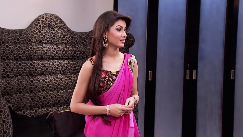Sriti Jha In Kumkum Bhagya Wallpaper
