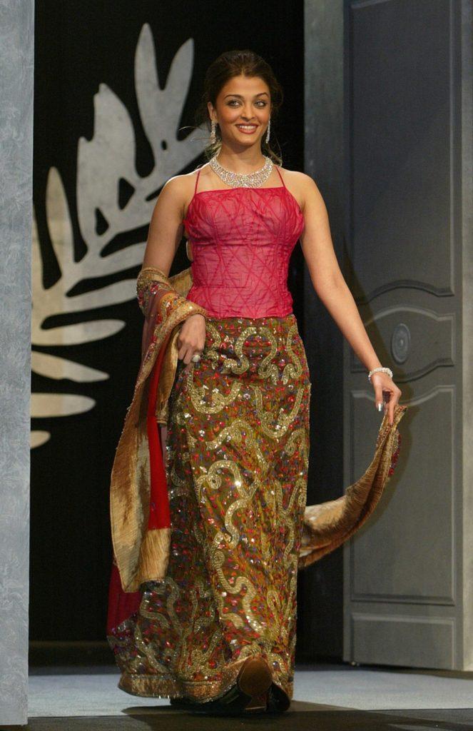 Aishwarya Rai Beautiful Images