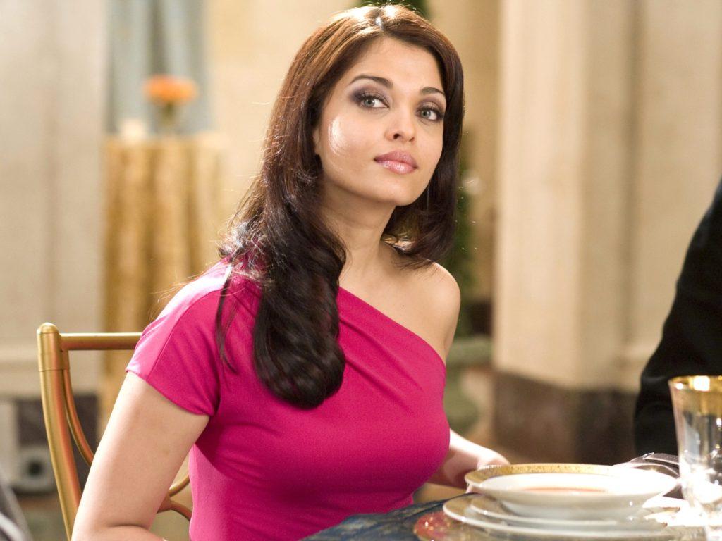 Aishwarya Rai Boobs HD Pics