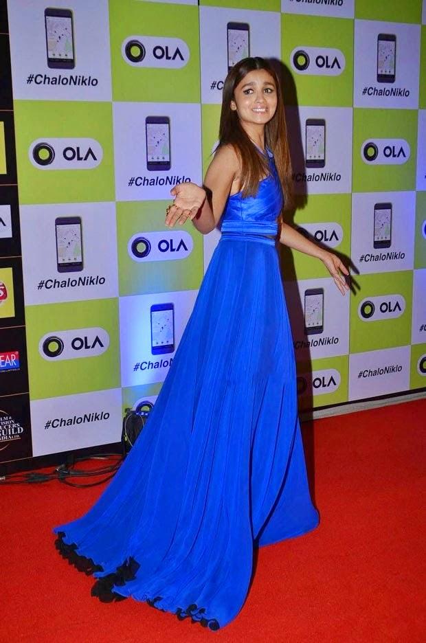Alia Bhatt At Award Show Pictures