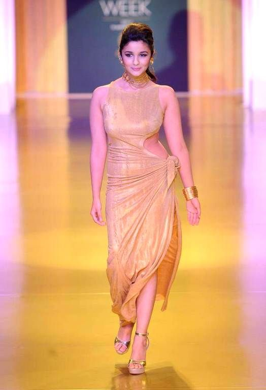 Alia Bhatt At Ramp Walk Pics