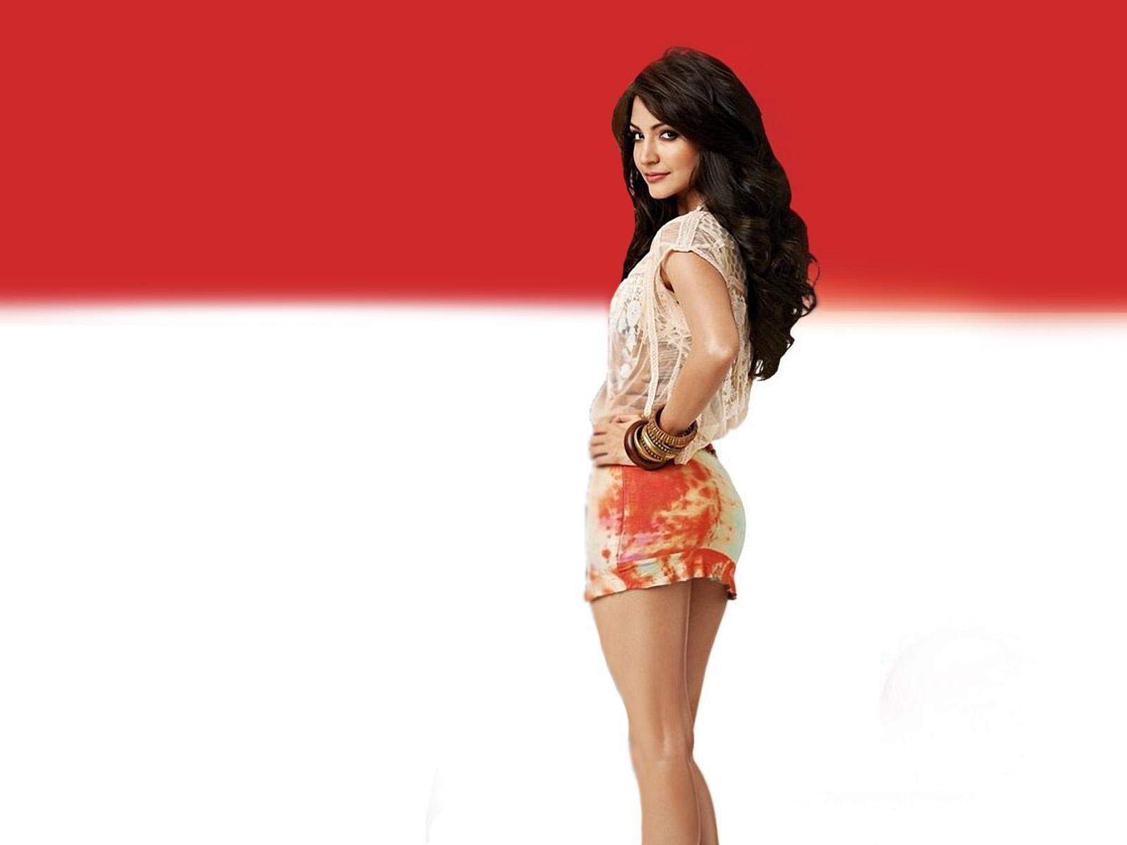 anushka sharma topless pics free download