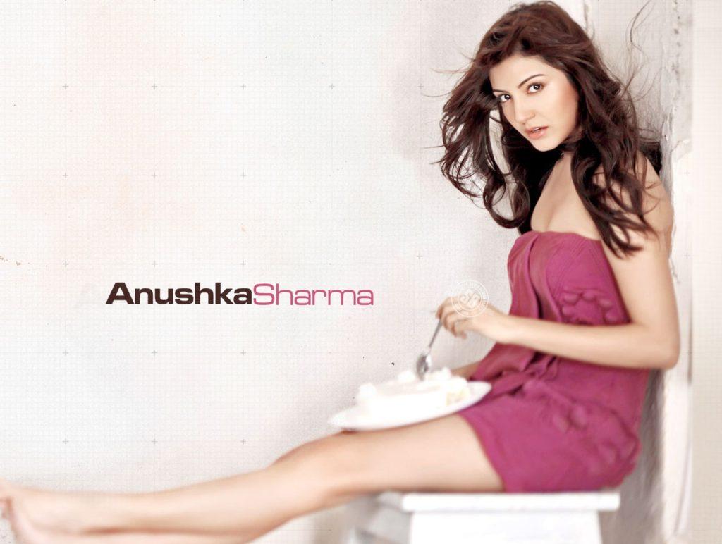 Anushka Sharma Hot Images In Bikini Images