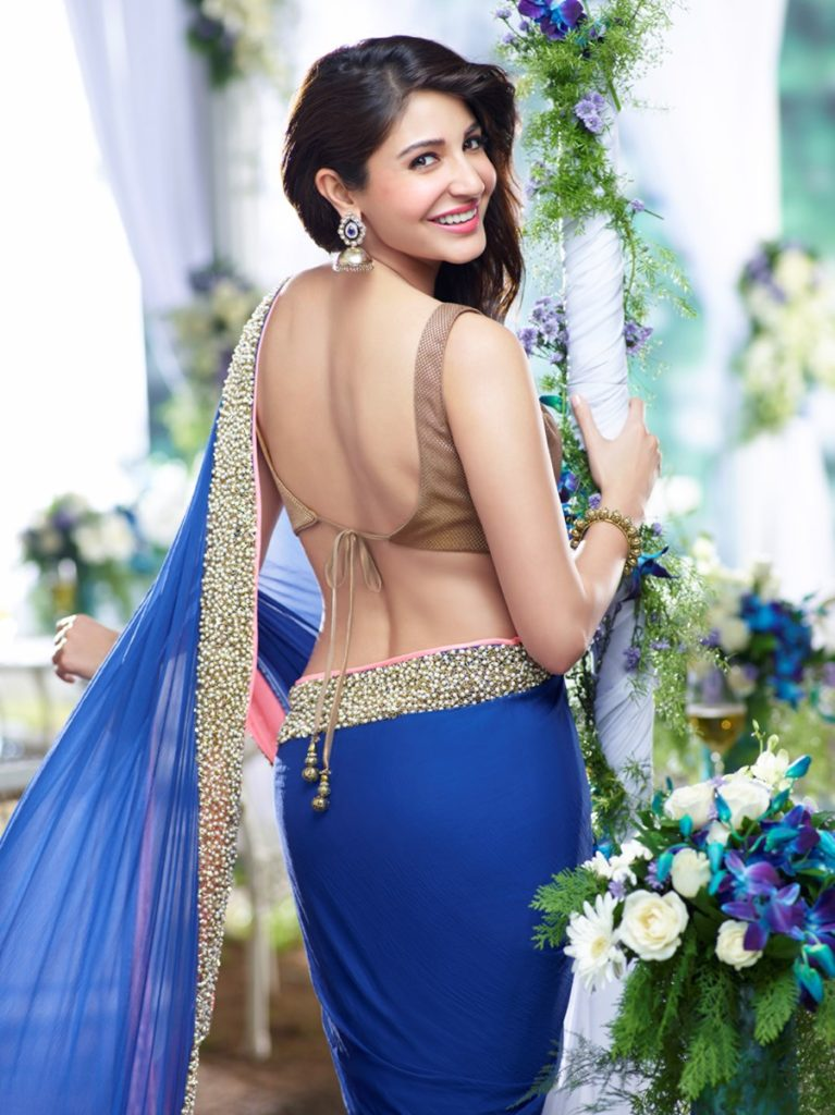 Anushka Sharma In Backless Saree Images