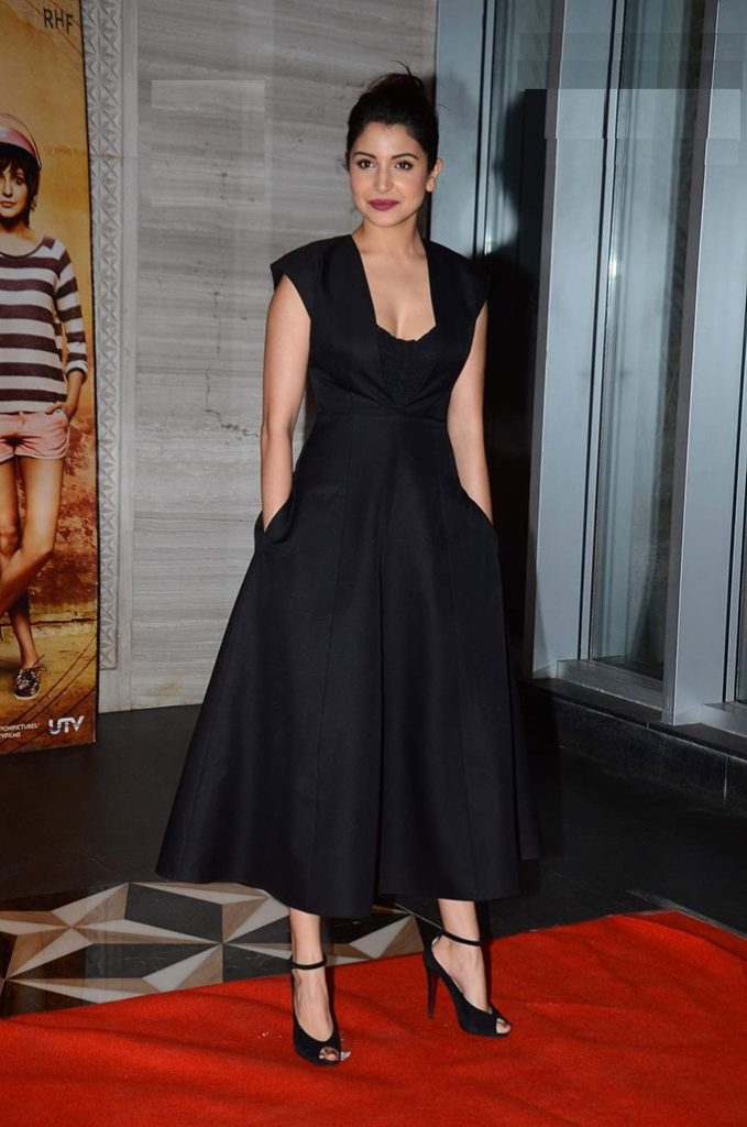 Anushka Sharma In Black Shuit Pics
