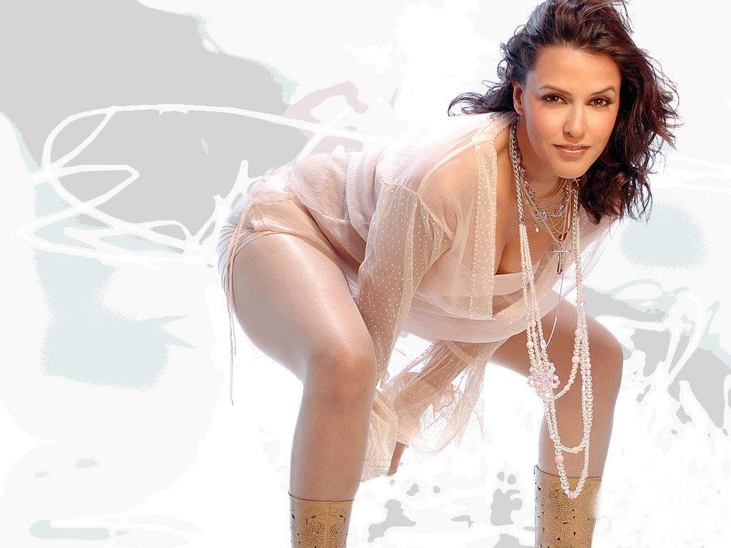 Attractive Actress Neha Dhupia Bold Images