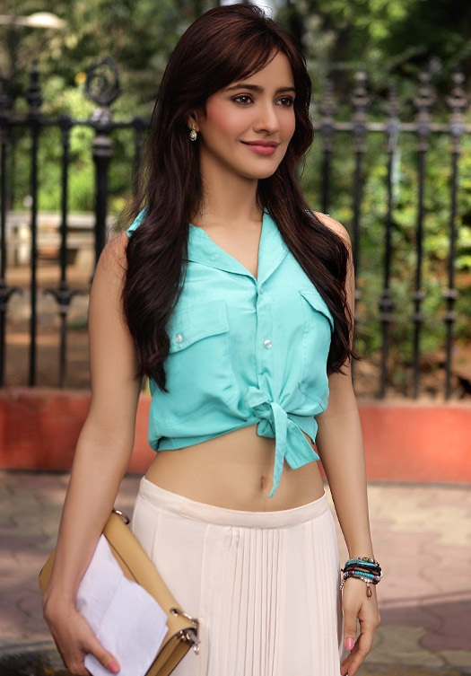 Beautiful Actress Neha Sharma Sweet Pics