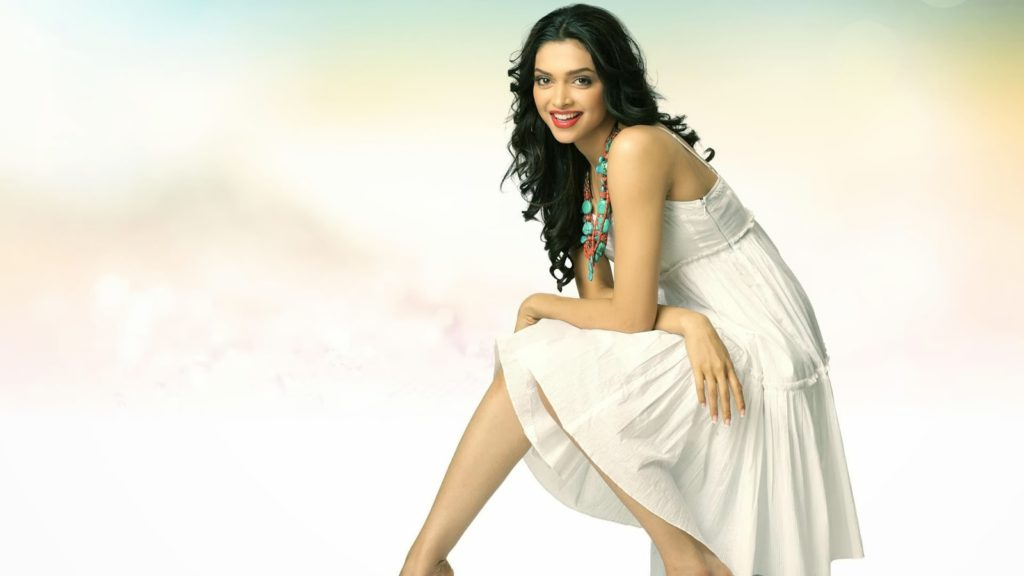 Beautiful Women Deepika Padukone HD Full Pictures