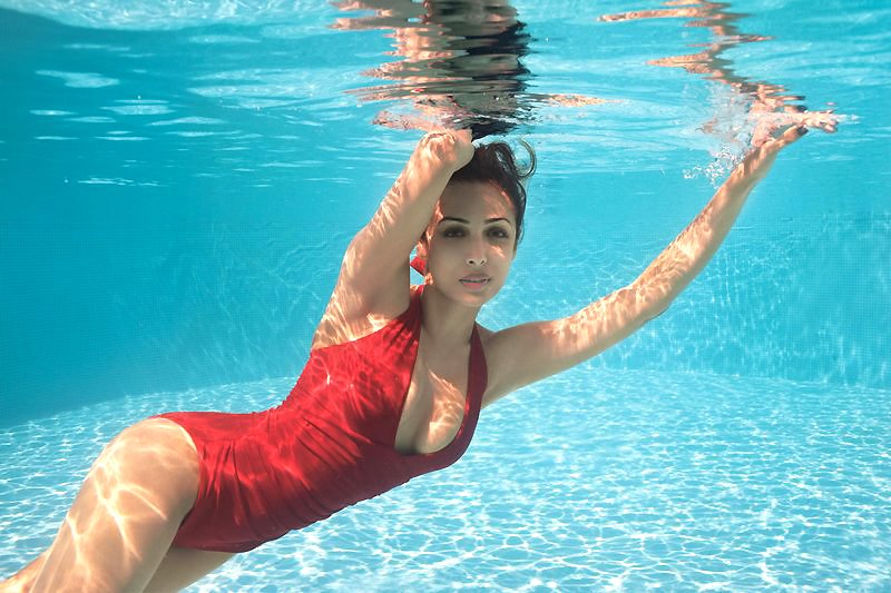 Bollywood Actress Malaika Arora Sexy Photos In Bikni