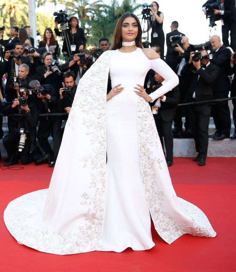 Bollywood Actress Sonam Kapoor Beautiful Photos In White Color Dress