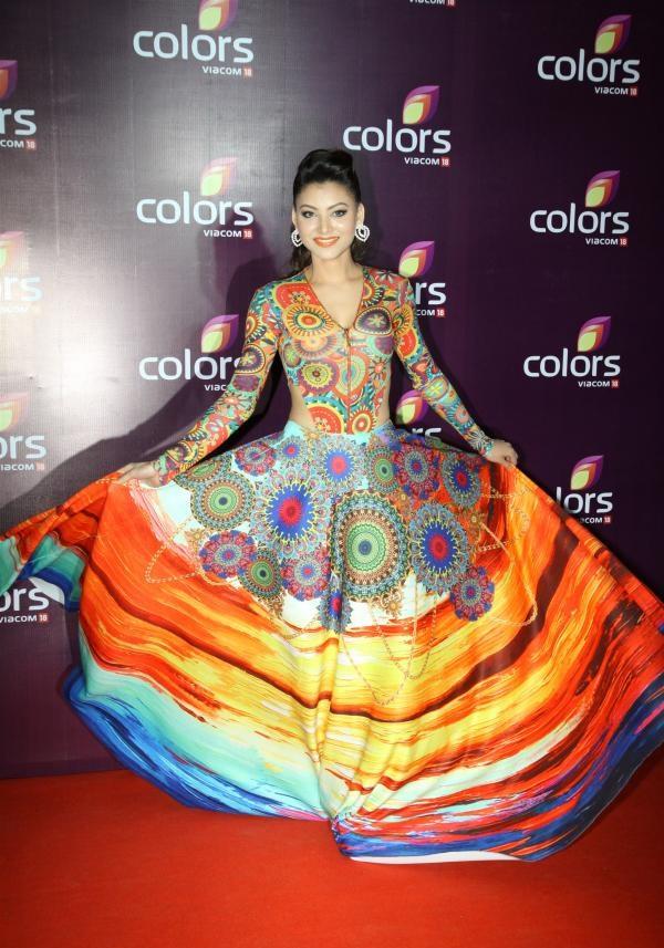 Bollywood Actress Urvashi Rautela Bold & New Images