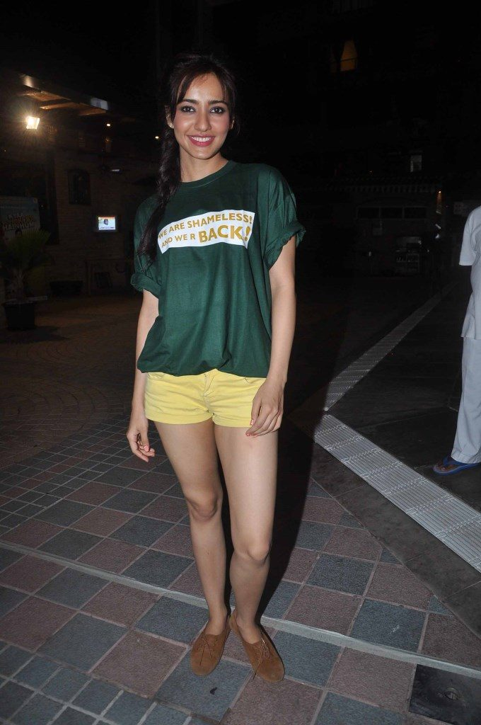 Cool & Spicy Neha Sharma Images