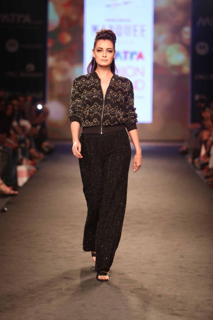 Dia Mirza Beautiful Images At Rampwalk