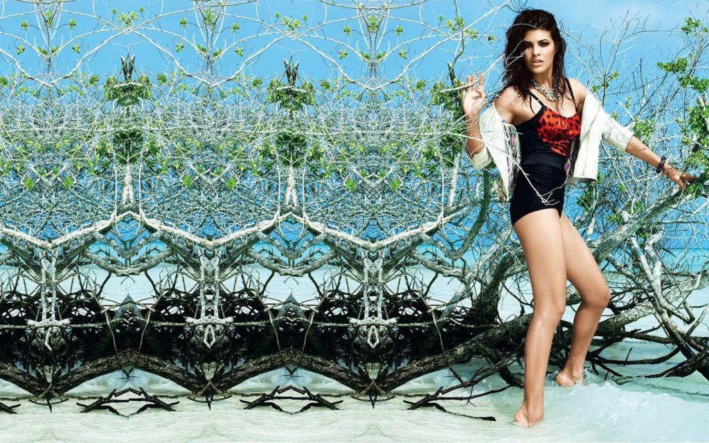 Jacqueline Fernandez Hot Images