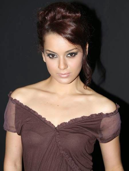 Kangana Ranaut HD Full Images In Off Shoulder Dress