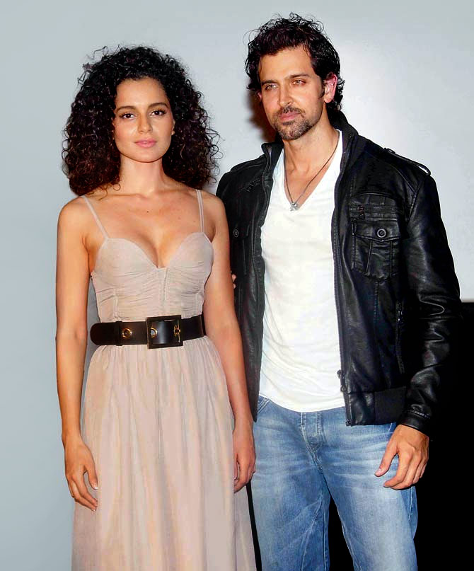 Kangana Ranaut Hot Boobs Pictures With Hrithik Roshan