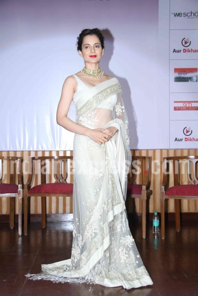 Kangana Ranaut Hot & Sexy Photos In Saree