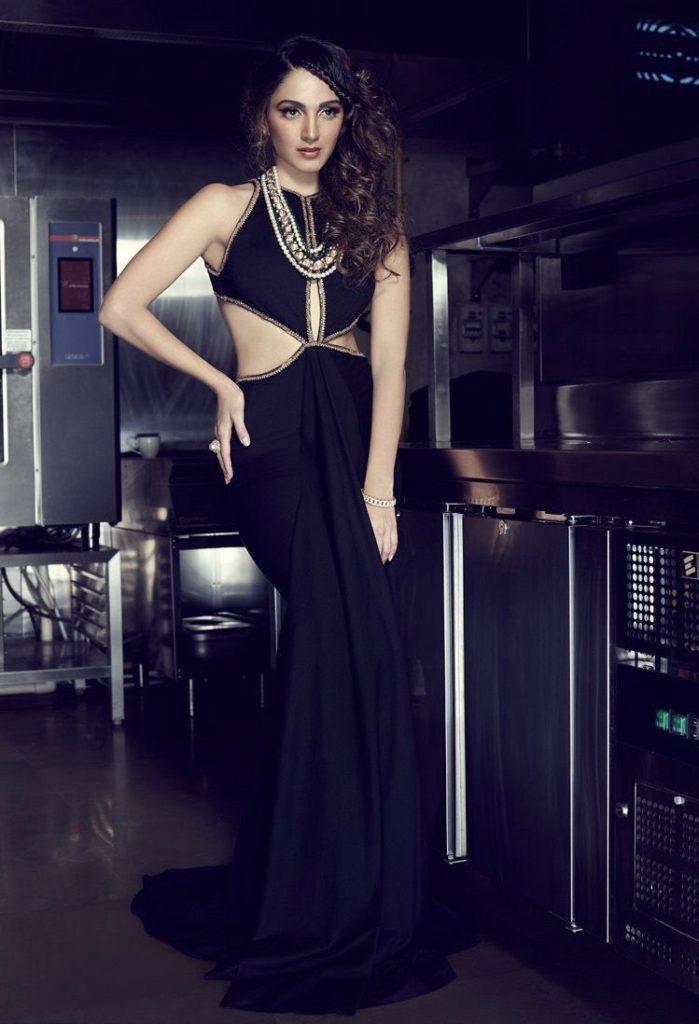 Kiara Advani Hot & Sexy Pictures