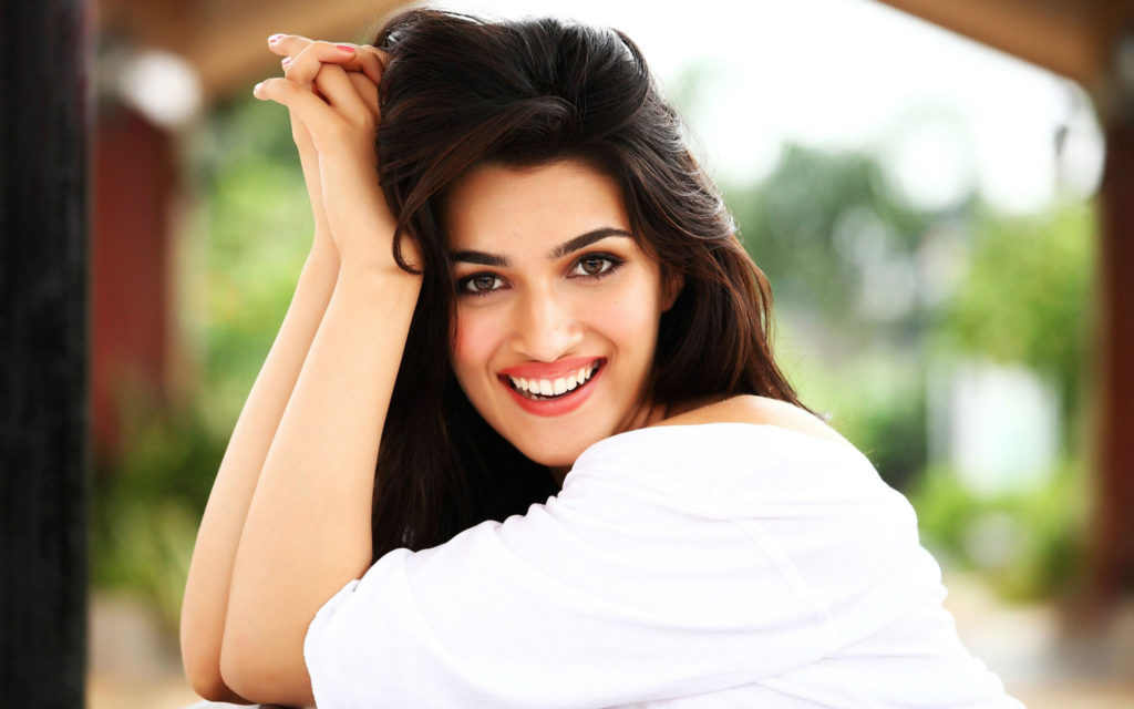Kriti Sanon Attractive New Images