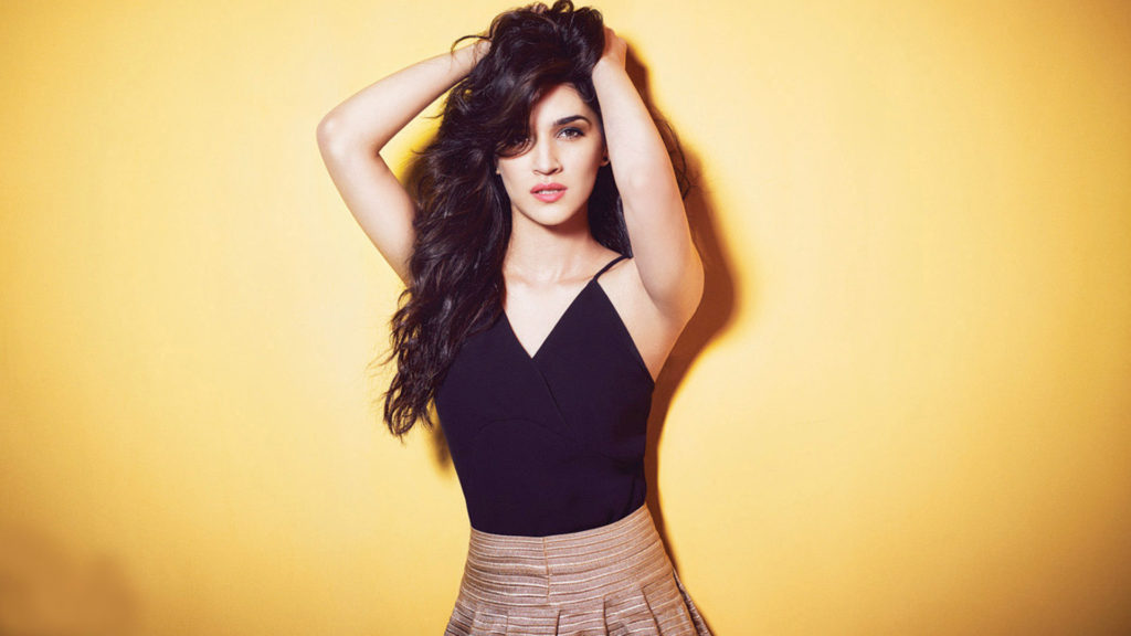 Kriti Sanon Beautiful Pics In Bra Panty